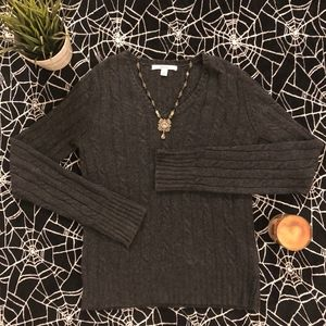 Vintage Grey V-Neck Cable Knit Sweater Small